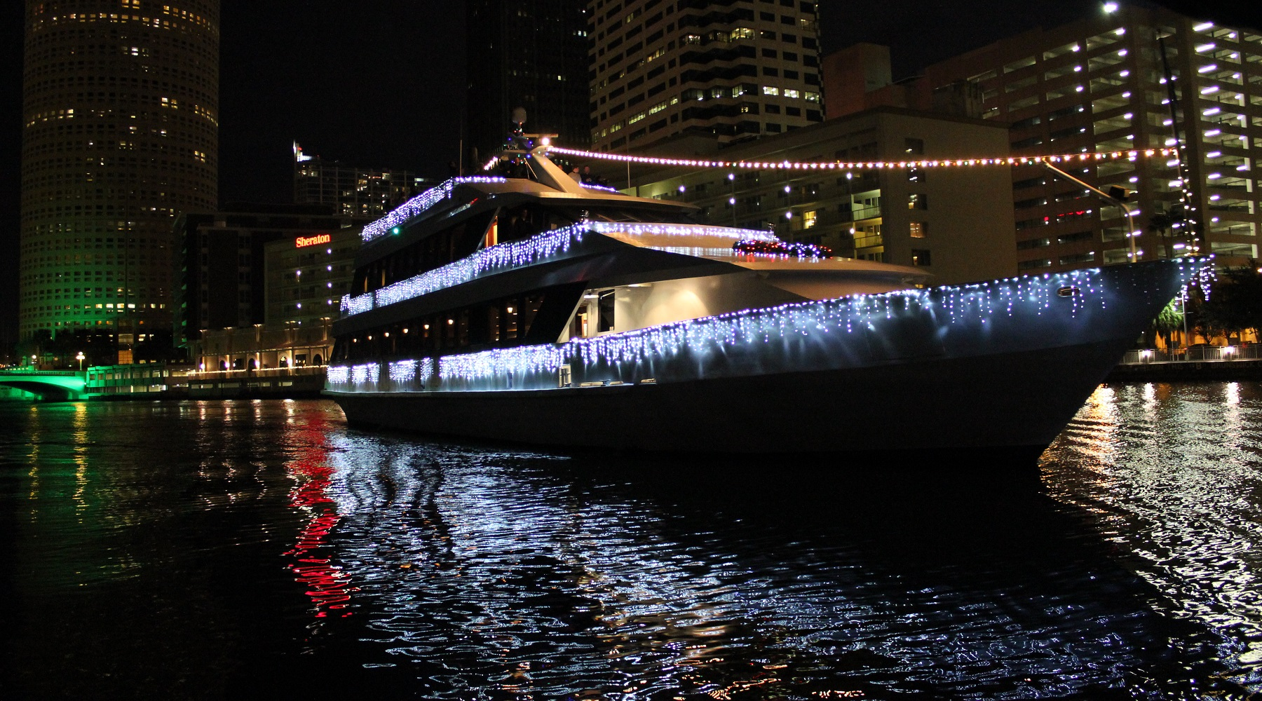 Christmas Eve Cruises In Tampa And Clearwater Yacht Starship
