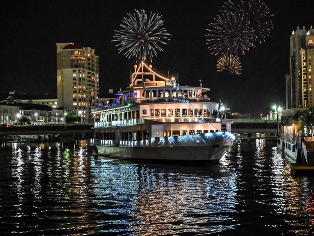 Jose Gaspar's Fireworks show aboard Yacht StarShip