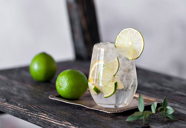 cocktail drink with lime